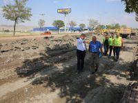 Çelik, Serbest Bölge'den Anbar'a kadar olan yoldaki yenileme çalışmalarını inceledi