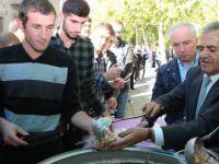 Melikgazi Erciyes Üniversitesi'nde 6 bin kişilik aşure dağıtı