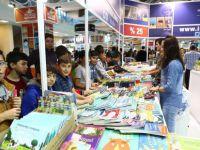 Kayseri Kitap Fuarı Rekora koşuyor 4 günde 350 bin ziyaretçi