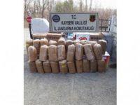 Jandarma Sarız'da 140 kilogram kıyılmış tütün ele geçirdi