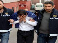KAYSERİ'DE MİLLETİ DOLANDIRAN SAHTE POLiSLER YAKALANDI
