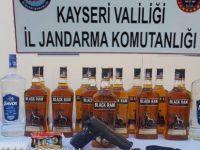 Kayseri'de gözaltına alınan kadının üzerinden silah çıktı