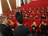 Başkan Palancioğlu'dan miniklere yerel yönetim dersi