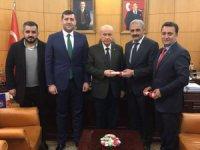 Ersoy, Talas ve Develi teşkilat binalarının tapusunu Bahçeli'ye teslim etti