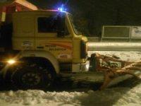 İncesu'da kar temizleme ve yol açma çalışmaları sürüyor
