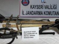 Kayseri'de 7 define avcısı yakalandı