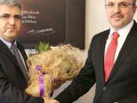 Kayseri'de Yeni Başhekim Prof. Dr. Çelik görevini teslim aldı