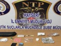 Kayseri'de Uyuşturucu operasyonu sağlık görevlisi gözaltına alındı