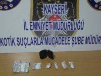 Battalaltı'nda Uyuşturucu satıcıları yakalandı