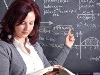 Ha üniversite mezunu ha ilkokul… Öğretmene dayak...