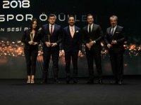 Kayserispor'un  ödülünü Muhammed Ali Temel aldı
