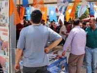 Kayseri'de AK Parti standına saldırı