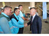 Başkan Çolakbayrakdar Belediye personeli ile bayramlaştı