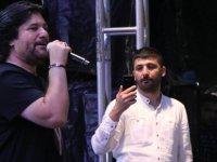Kayserililer Mimarsinan Parkın'da Ahmet Şafak konseri ile coştu