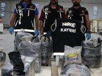 Kayseri Osb'de avrupa ülkelerine uyuşturucu sevkiyatı yapan fabrikaya baskın