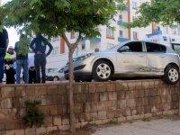 Talas'ta Ticari taksi ile otomobil çarpıştı: 1 yaralı