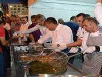 15 Temmuz Gecesi Kayseri Şeker, Cumhuriyet meydanında milletin ağzını tatlandırdı