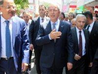 Bakan Hulusi Akar Cuma namazını memleketi Kayseri'de kıldı