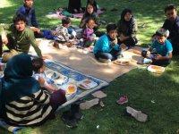 Kayseri'de Parkta yatan 17 Afgan aileye devlet sahip çıktı