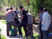 Küçükali mahallesinde 35 yaşındaki şahıs Mezarlıkta kendini astı