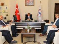 AK Parti İl Başkanı Çopuroğlu'ndan Rektör Çalış'a Ziyaret