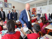 Başkan Çolakbayrakdar'ın okul ziyaretleri sürüyor