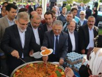 Gesi'de Gilaburu ve Ceviz Festivaline büyük ilgi gösterildi