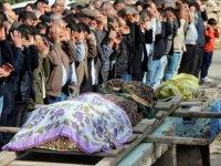 Kazada ölen anne ve oğlu Süksün'de toprağa verildi
