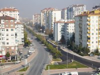 Başkan Çelik, 30 Ağustos caddesi önümüzdeki hafta başında trafiğe açacaklarını söyledi