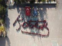 Talas'lı öğrenciler Ata'nın imzasını attı
