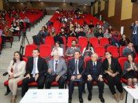 Belaruslu Hoca, Kişisel Kütüphanesini Çalıştığı Bölüme Bağışladı
