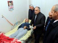 Yahyalı'da yatağa bağımlı hastalar için motorlu yatak dağıtıldı