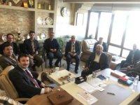 Vali Yardımcısı Mustafa Çek Eğitim Bir Sen'i ziyaret etti