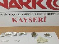 Kayseri polis uyuşturucuya geçit vermiyor: 2 gözaltı
