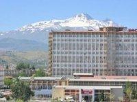 Erciyes Üniversitesi'nde Fetö'den yargılanan karı-kocaya hapis cezası