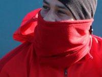Kayserisporlu futbolcular soğuk havadan etkilendi