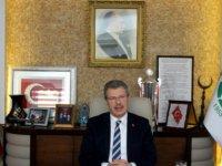 """Başkan Akay: """"Türkiye'de farklılık arz ediyoruz"""""""
