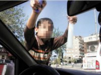 Kayseri'de sigara satan,mendil araç camı silen çocuklar hakkında işlem yapıldı