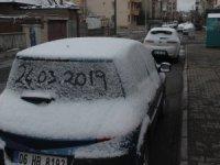 Mart kapıdan baktırır Kayseri'de son günlerde kar yağdı