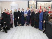 AK Parti Kadın Kolları'ndan Başkan Öztürk'e Ziyaret