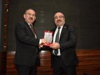 Rektör Karamustafa, Kastamonu'da Turizm Konferansı Verdi