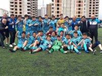 Kayseri OSB Atletikspor U15 takımı Adana'da şampiyon oldu