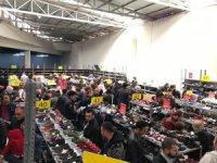 Kayserililer KAYSERmall Garaj Günleri etkinliğinde ünlü markalarda indirimler