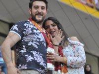 Kayserispor,Erzurumspor  maçında sürpriz evlenme teklifi