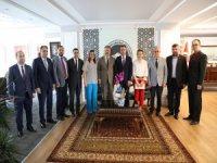 Mali Müşavirler Odası Yönetimi Başkan Dr. Mustafa Palancıoğlu'nu ziyaret etti