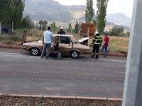 Develi'de Otomobilde çıkan yangını itfaiye söndürdü