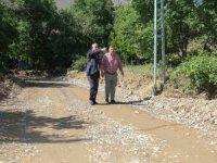 Başkan Öztürk, sel bölgesinde incelemelerde bulundu