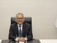 Başkan Büyükkılıç'tan Erü'ye 2 bin kişilik yurt müjdesi