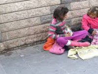 Çocukları dilendiren ve çalıştıran 8 aileye işlem yapıldı