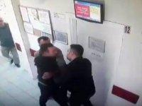 İlaç yazmayan doktoru dövdü